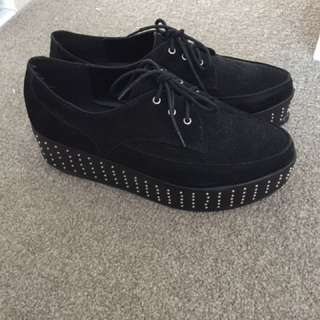Black Glassons Creepers