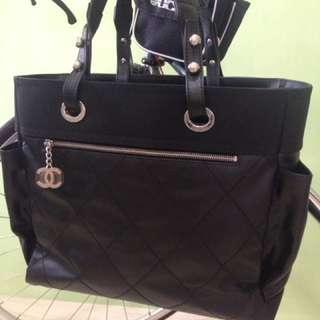 全新正品Chanel 香奈兒 黑色Paris-Biarritz 雙口袋比亞里茲菱格紋肩背包/購物包/大方包/媽媽包