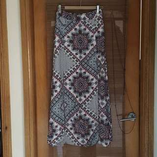 Maxi Skirt With Slits - Size 6