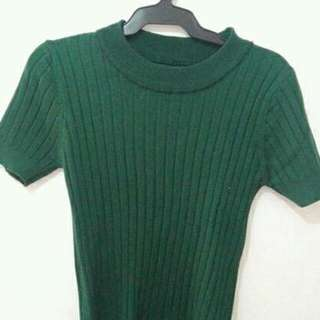 Stretchable Green Tops