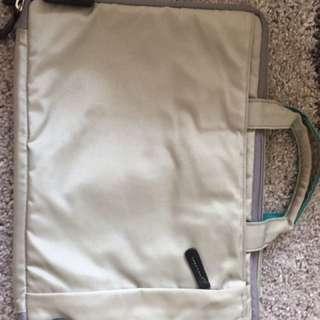Hellolulu gray Laptop Bag