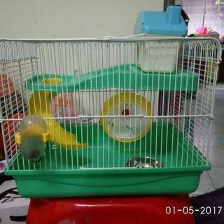 PETS CAGE.