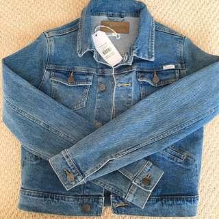 BRAND NEW Wrangler Denim Jacket Size 8