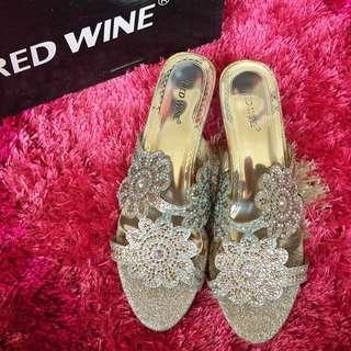 Red Wine Silver Blink Flower Sandal
