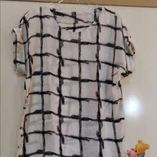 Abstrak Square Shirt