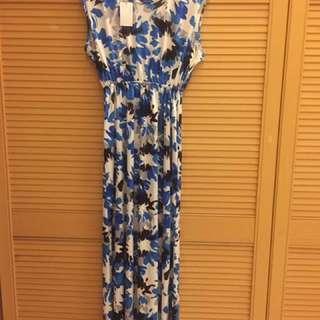 Flowery dress from local brand Callanda Hijab