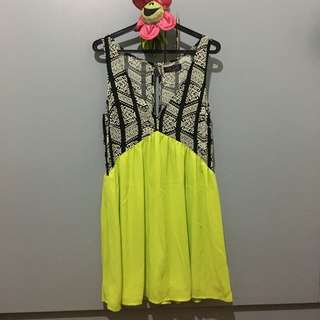 V-neck Azetec And Neon Green Party Dress