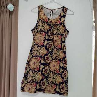Patterned Dress Size 10 Valley Girl