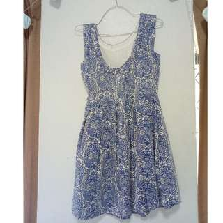 Blue and White Patterned Vintage Style Dress
