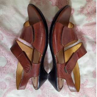Cherry Vintage Brown Leather Sandals