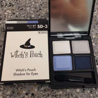 Witch's Pouch Eye Shadow
