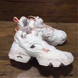 銳步迪斯尼兔子充氣鞋、跑步鞋,銳步女鞋粉白