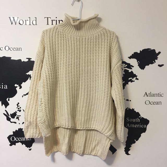 米黃小高領毛衣