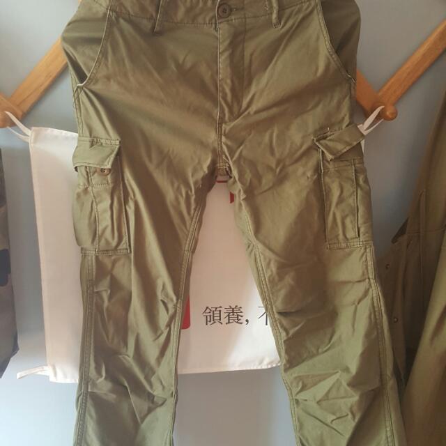 軍綠風工作褲 便宜出售