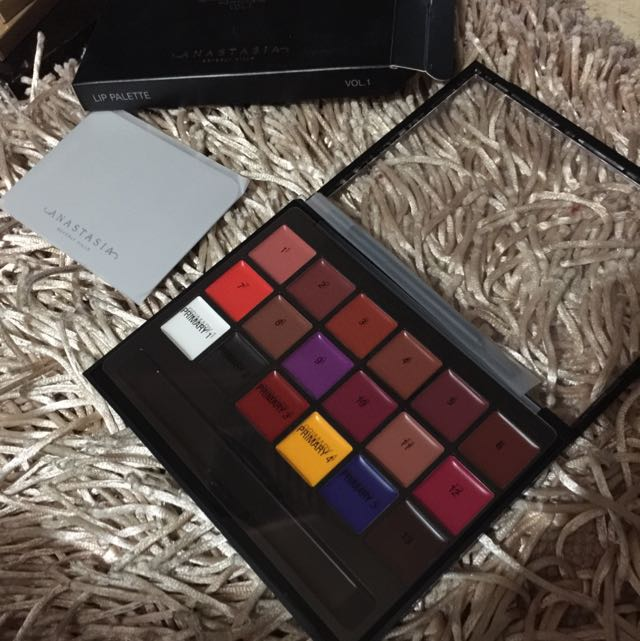 ABH Lip Palette New!!! Vol.1 Auth Nib