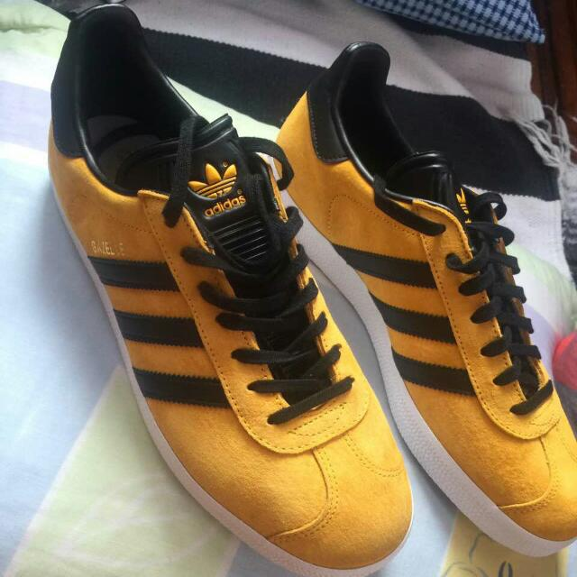 Adidas Gazelle Gold Black Size 10.5 US
