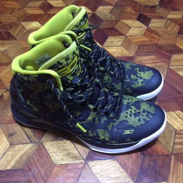 Authentic Curry Black And Yellow Camo