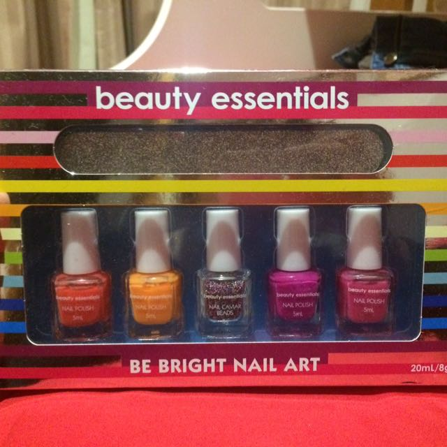 Beauty Essentials Nail Polish Pack