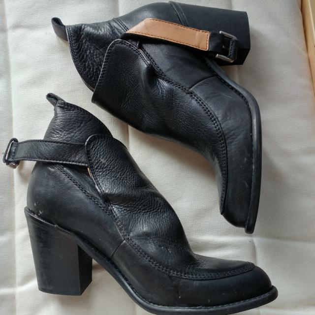 Black Leather Ankle Boots/Booties