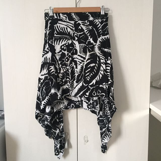 Brandless Skirt