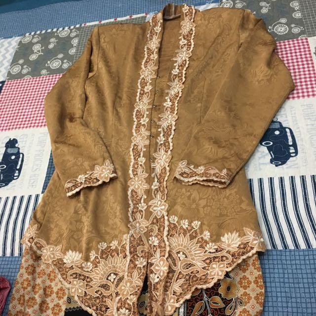 Brown Kebaya