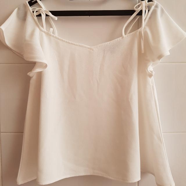 !NEW! Carmen White Top