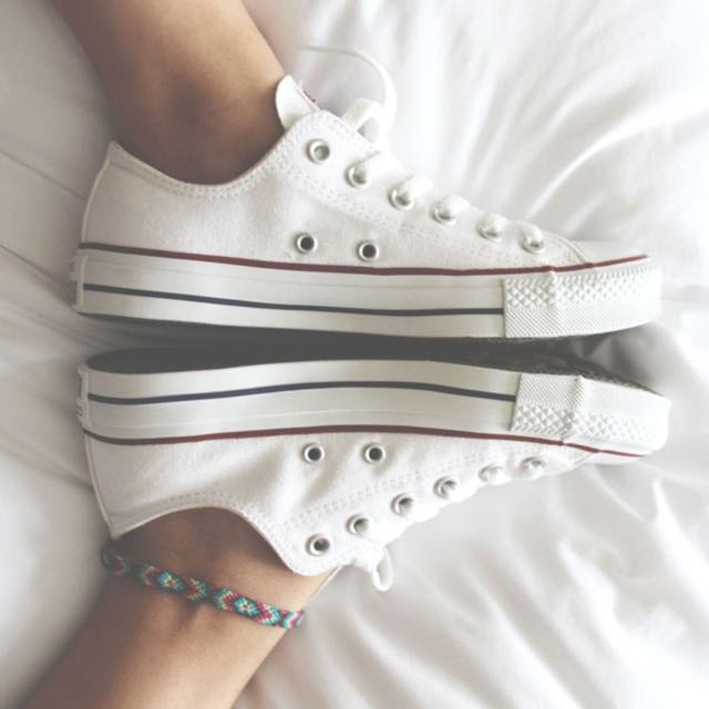 CONVERSE INSPIRED Low Canvas Sneakers