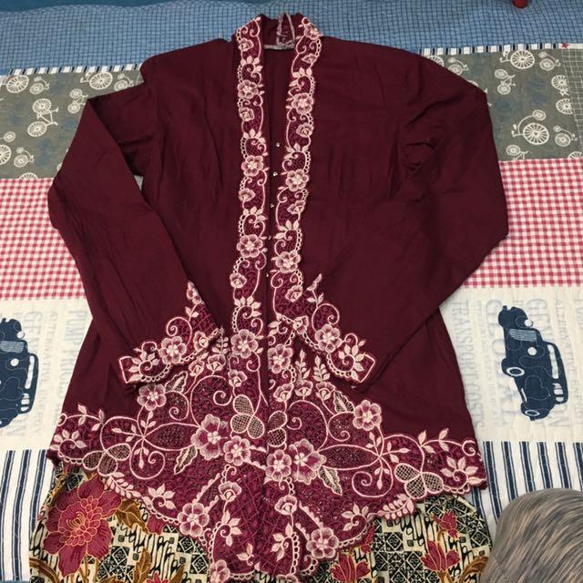 Cotton Maroon Kebaya