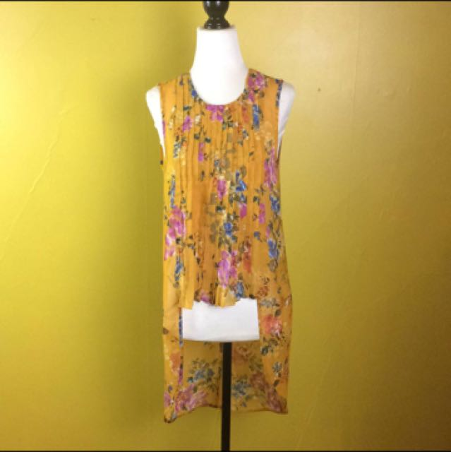 Eleven Raindrops Top Size XS Yellow Floral