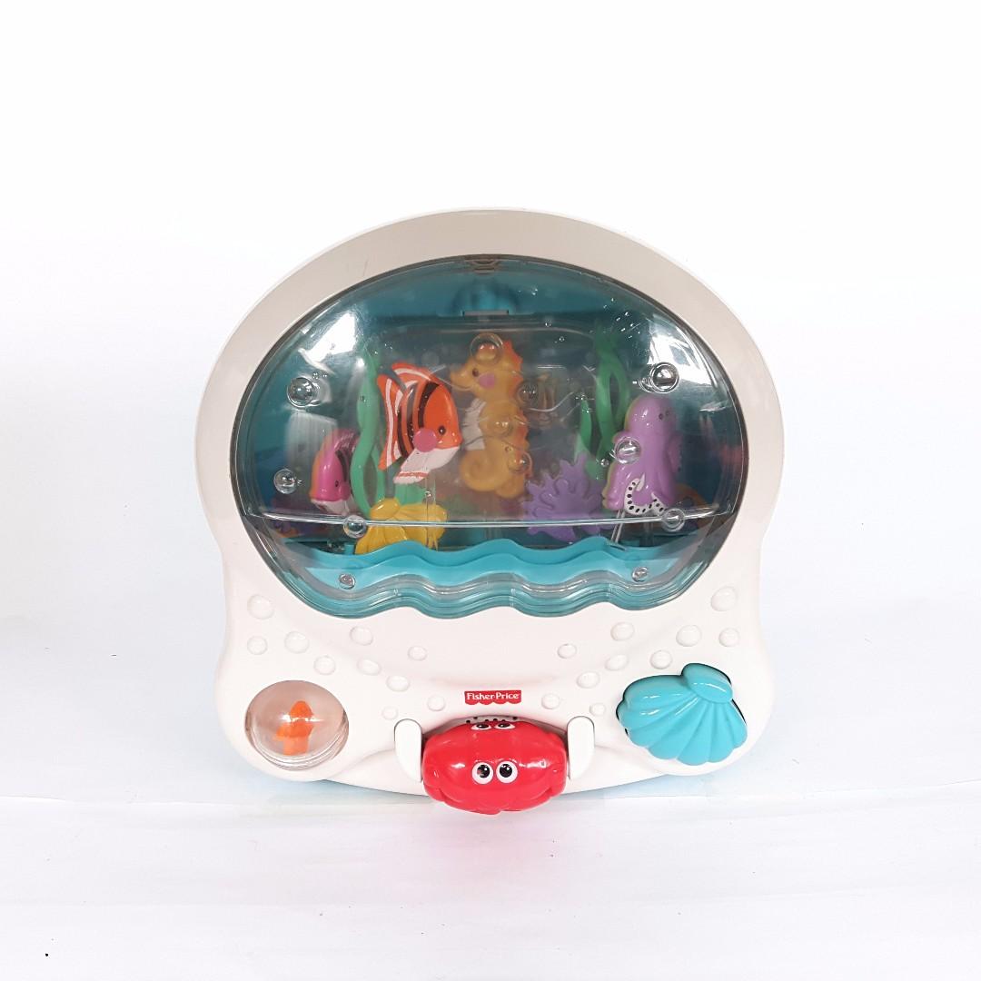 Ocean Wonders Musical Aquarium Crib Attachment 1000