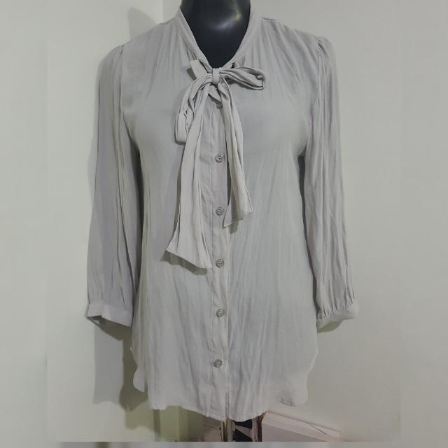 FOREVER21 bluish grey buttondown long-sleeved top with ribbon