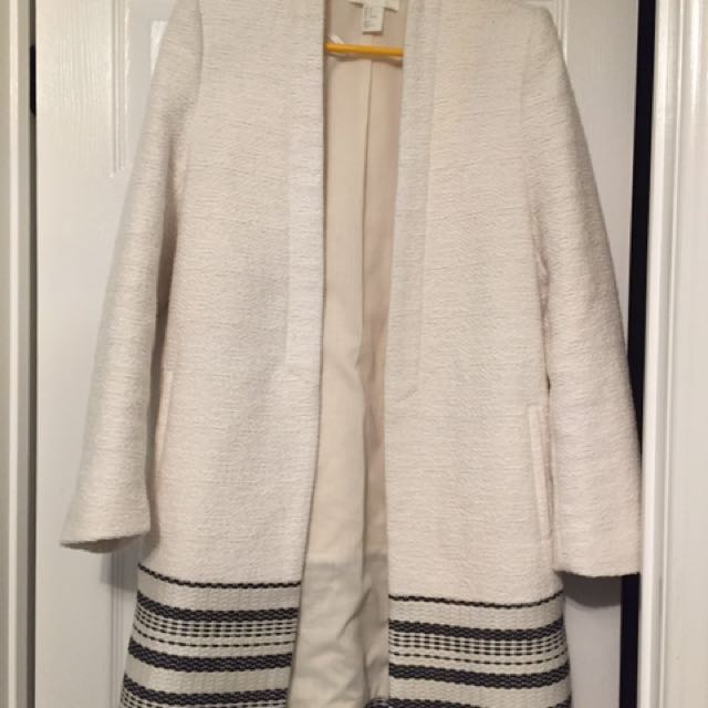 H And m White Coat Size 4