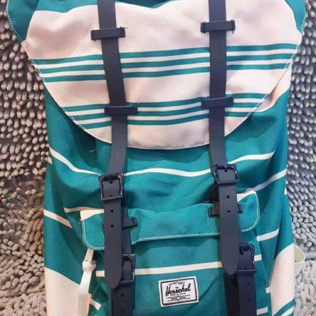 Herschel Little America Backpack 23.5L
