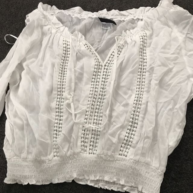 H&M Cute White Crop Top