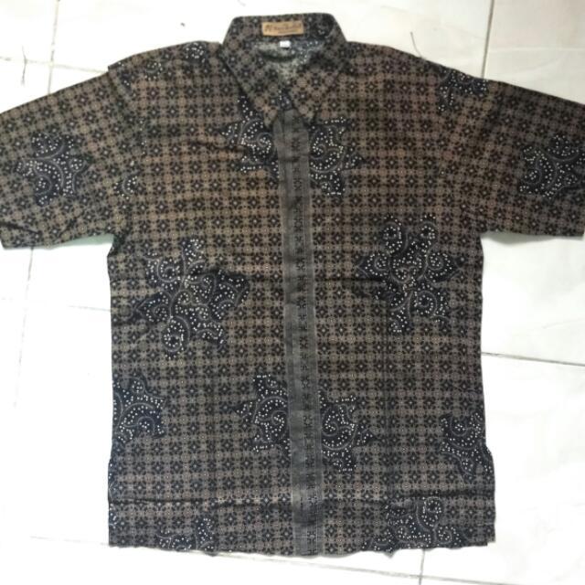 Kemeja Pria Batik Lengan Pendek L