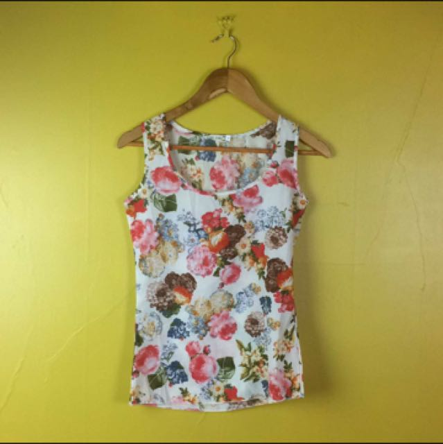 Liva Girl Top Floral Shirt Size Small