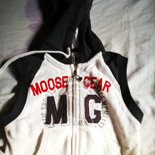Moose Gear Sleeveless Hoodie
