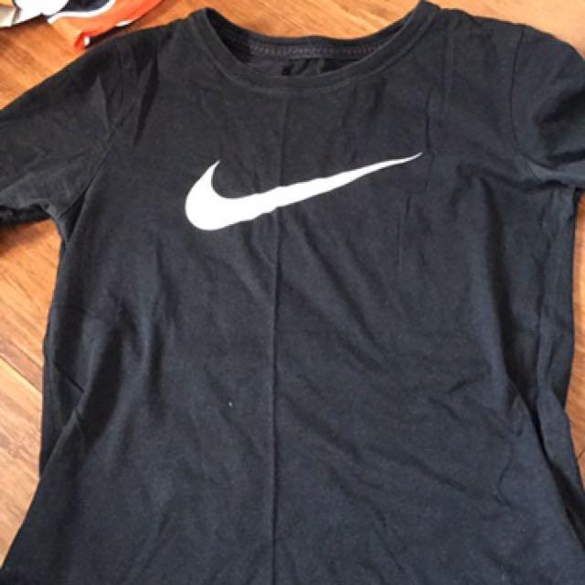 Nike Tshirt Size 8!