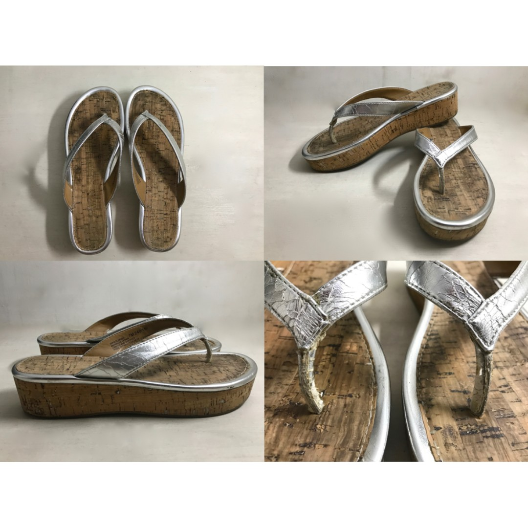 Nine West Metallic Silver Sandals - Size 7 M