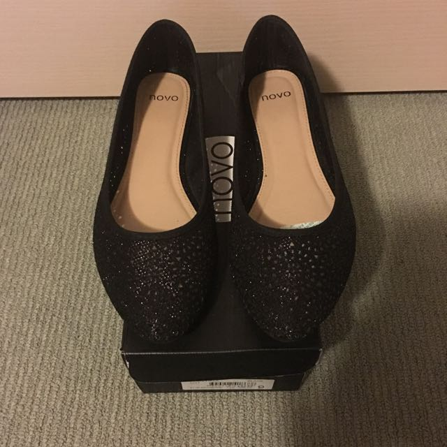 NOVO - Christina Black Flats Size 9