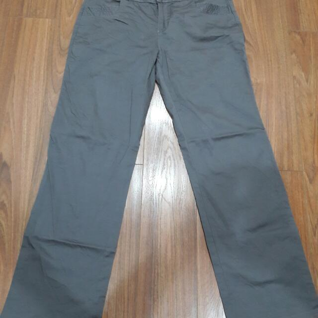 Plains and Prints Gray Pants (Large)