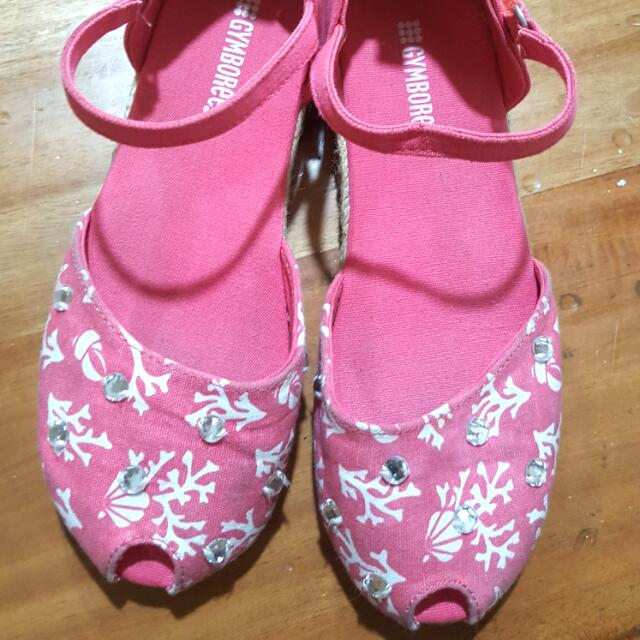 pre loved gymboree canvas espadrille for kids size 3 rarely used mint condition