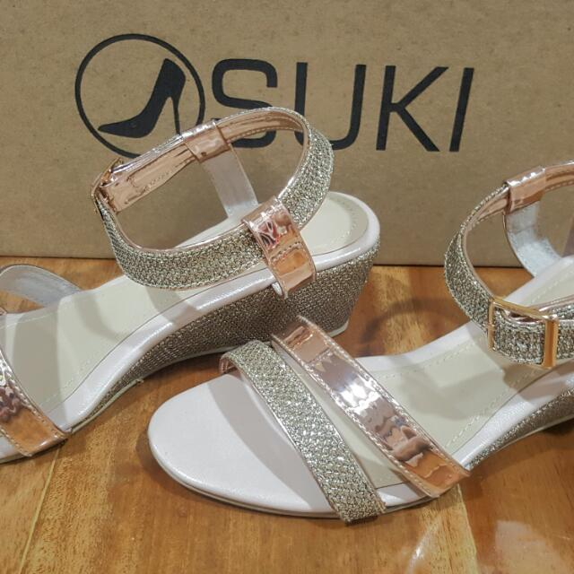 sukis gold sandals for kids