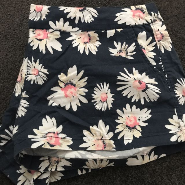 Super Cute Cotton On Flower Shorts