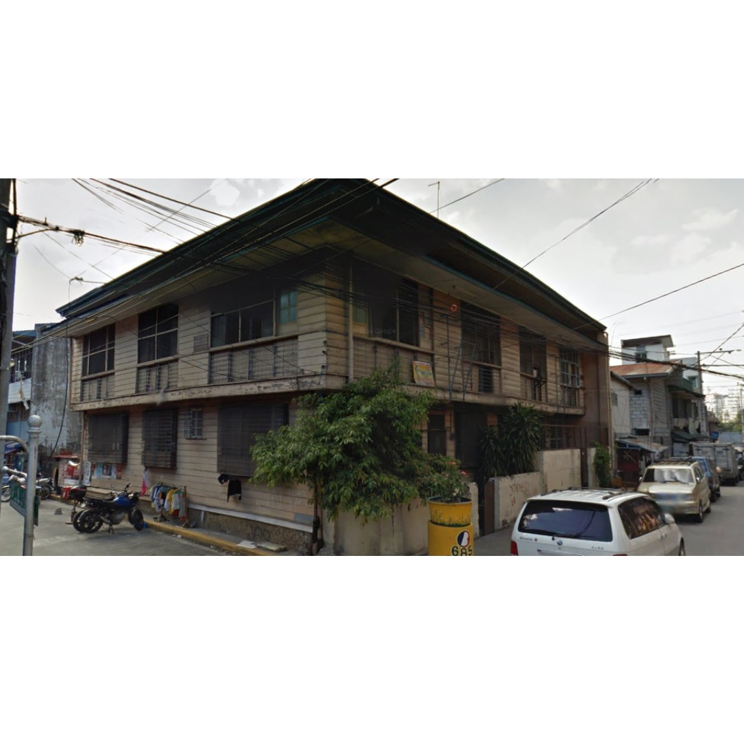 Two Floors Apartment Unit for Lease/Rent, Corner Lot in Paco Manila.