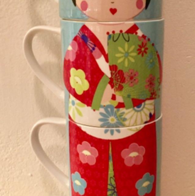 Vue Stackable Mugs