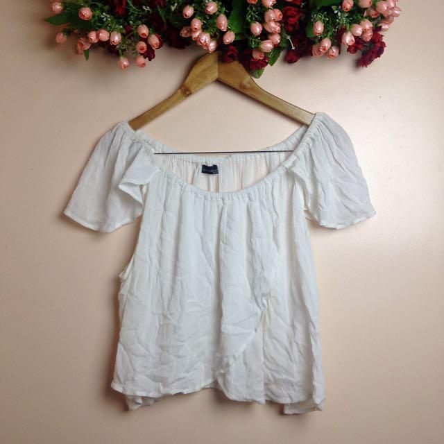 WHT off shoulder/beach blouse