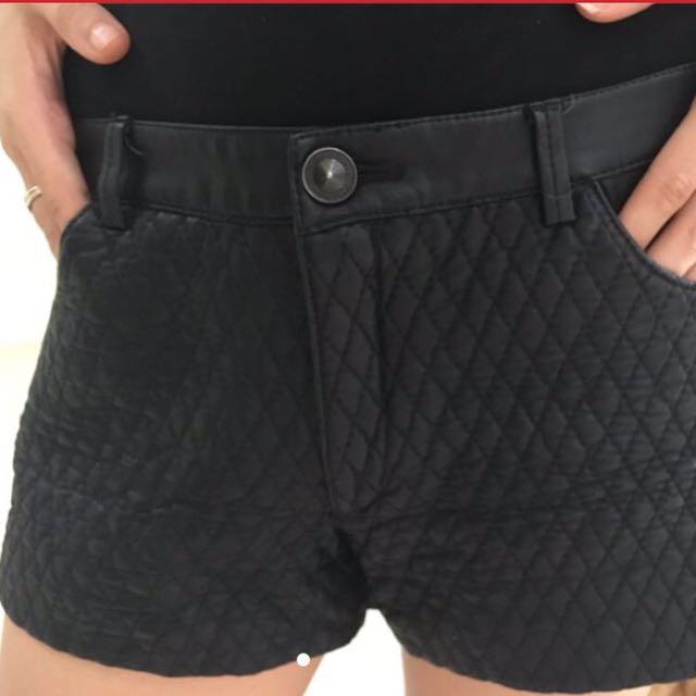 Zara Trefaluc Short Pants