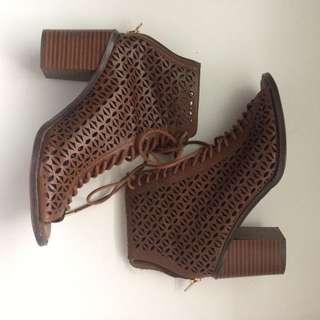 Lace Up Sandals Size 6