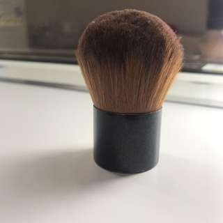 Body Shop Powder Brush